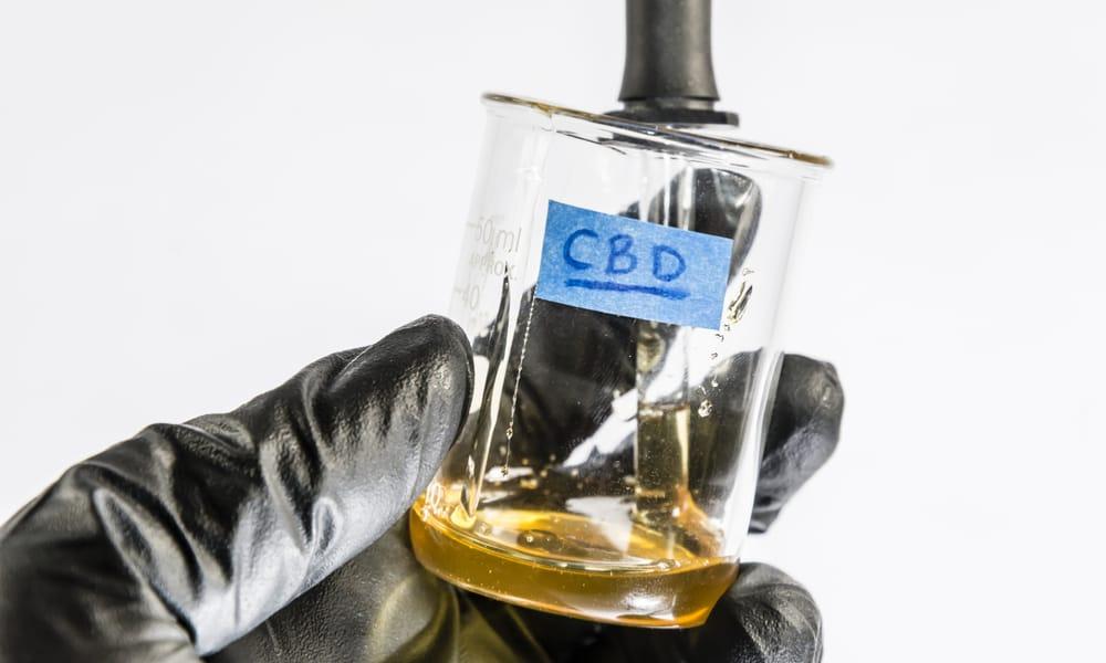 Almost Half Of All CBD Users Stop Using Modern Medicine